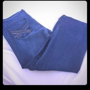 Womens old navy Jean's size 18